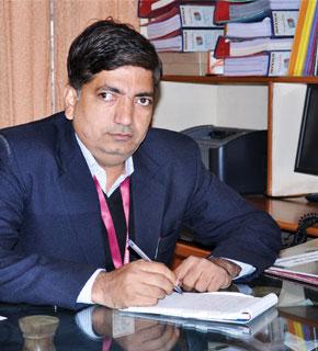 Dr Virendra Sangtani