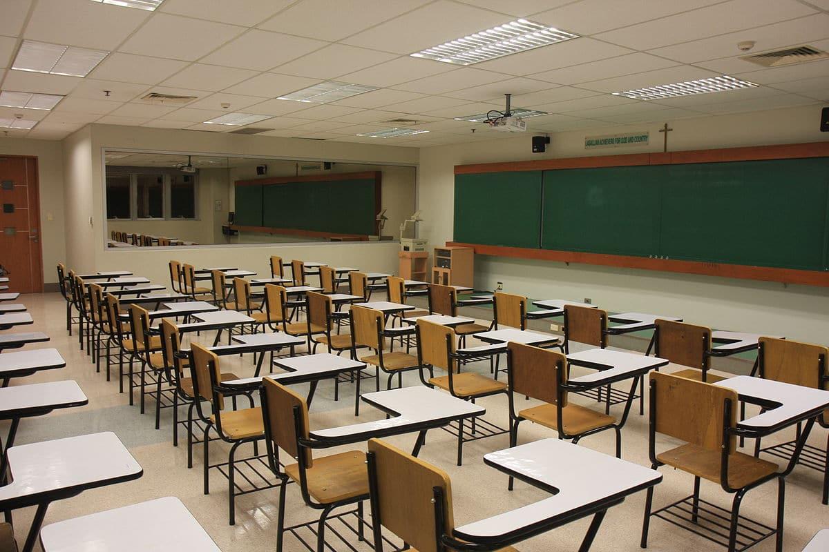 Delhi Govt to build over 12,000 rooms in its schools