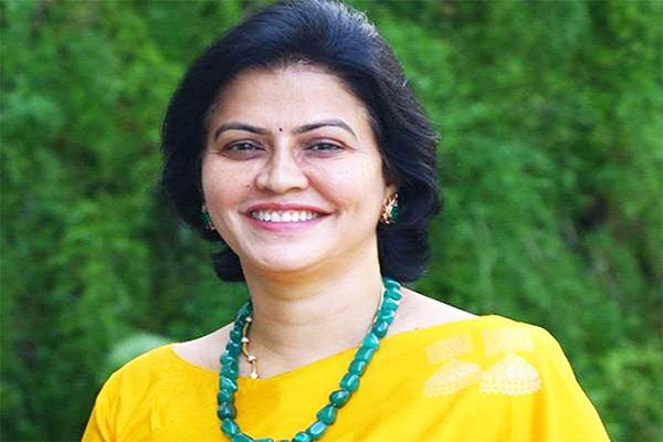 Dr Manimekalai Mohan