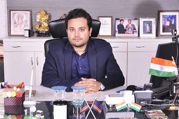 Dr. Chandan Agarwal